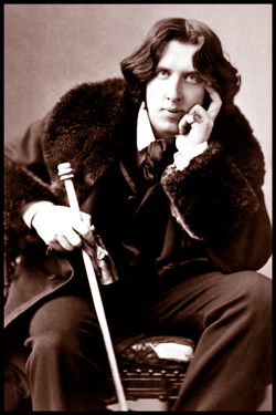 Oscar Wilde photographed by Canadian Portrait Photographer Napoleon Sarony in New York