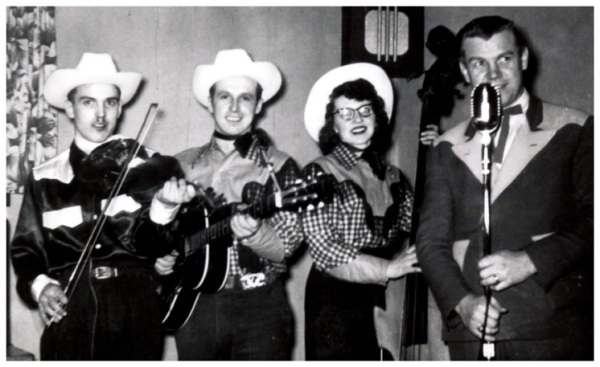Unknown Fiddler, Lynn and Laura Russwurm and Earl Heywood